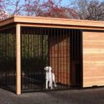 Grand chenil Fix avec toit noir et cadre en bois de Douglas