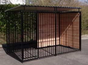 Chenil pour chien FERM noir avec toit 1,5 x 3m